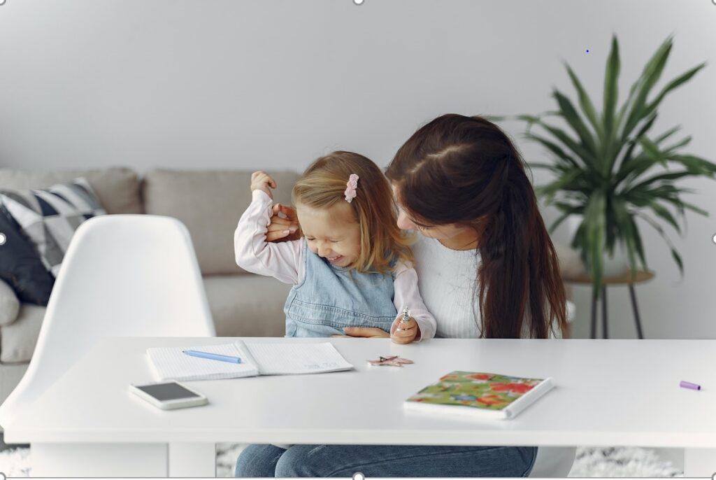 Ideias de Negócios Online para Mães 1024x686 - Trabalhar em casa – 4 ideias de negócios online para mães, esposas e donas de casa